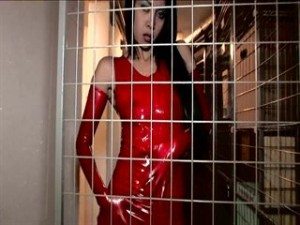 TyffanySweet - Latex im Keller